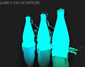 Glowing Rocket Bottle - Nuka Keychain