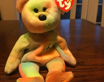"""Ty Original 1996 """"Peace"""" Beanie Baby with tags excellent condition"""