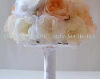 Wedding brooch bouquet