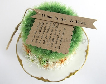 Kitchen Scrubby TRIO~Wind in the Willows~Reuseable Scrubbie~Pot Scrubby~Green Living~handmade scrubby~Kitchen Cloth~Scrubby Pad