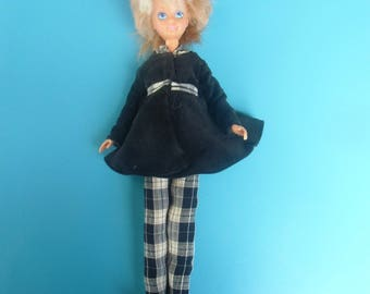 62 clothes for barbie type dolls
