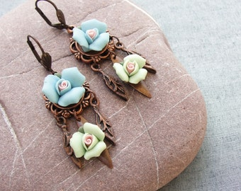 Roses and leaves Earrings  - Porcelain and Brass Roses