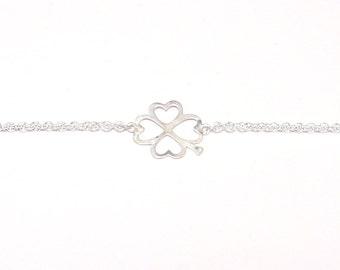 Steling silver bracelet with four-leaf clover