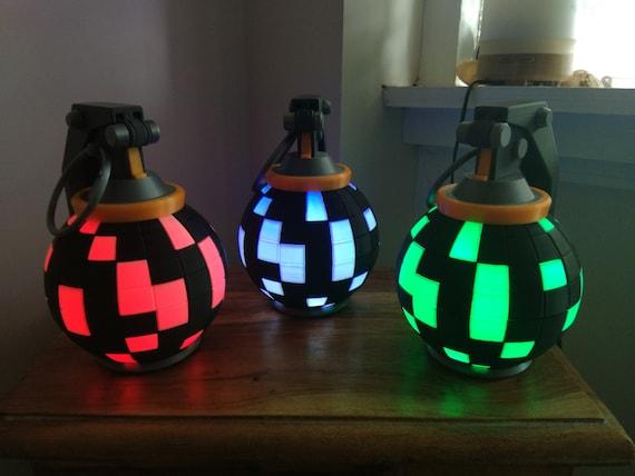 Fortnite Boogie Bomb Desk Lamp! Fortnite Gift, Gamer Gift, Battle Royal,  Gift For Boyfriend, Gamer Birthday, Game Lover, Fortnite Birthday