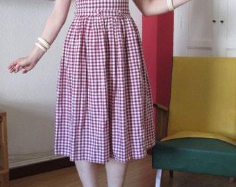 50's 60's 70's dress / vintage dress / gingham /vintage gingham/ purple and white