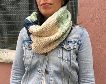 Sale * Colorblock Knit Circular Scarf