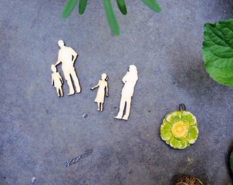 family wooden Littles 1968 embellishment