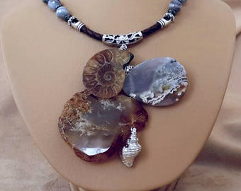 Necklace with Ammonite, agate, agate (Botswana) and Bloodstone