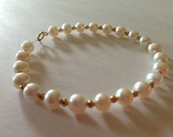 Sweet Dainty Classic 6MM Freshwater Cultured Pearl Bracelet with 14K Clasp