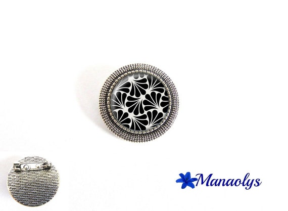 Round brooch silver antique, art deco patterns, art, 36 glass cabochons
