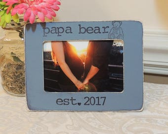 Papa bear picture frame Father's day gift Dad to be gift for dad daddy Pregnancy Expecting dad gift Personalized photo frame