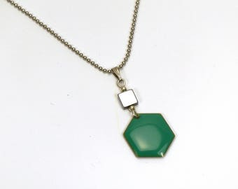 Silver ball necklace mid-long Hexagon enameled green water, square and chain.