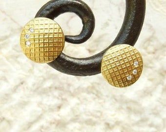 Gold Post Earrings, round gold Earrings, three diamonds, 18K earrings - Unique Jewelry