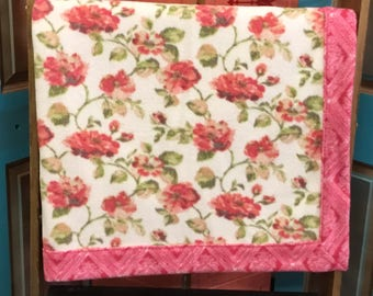 Roses In Bloom Fleece Blanket