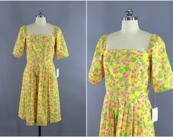 Vintage 1960s Lilly Pulitzer Dress / 60s Lilly Day Dress / The Lilly / 1970s Sundress / Yellow Floral Print