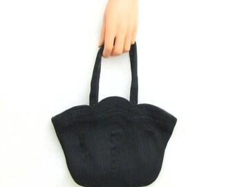 Vintage ~ 1940s ~ Corde Black Handbag ~ Scalloped ~ Double Top Handle~ Black Lining ~ Top Brass Zipper ~ Inside Pocket ~ Evening Bag