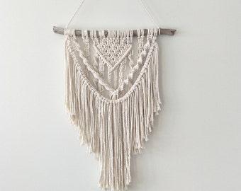 Macrame Wall Hanging/ Macrame Art/ Boho Wall Hanging/ Macrame Hanging/ Wall  Hanging