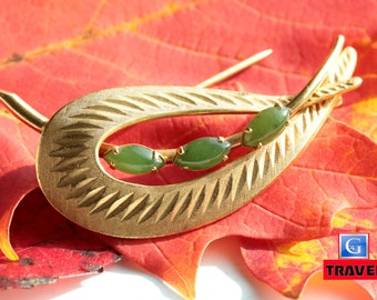 Vintage 1950s CC Curtis Creations 12k gold filled Brooch W/ Nephrite Green Jade