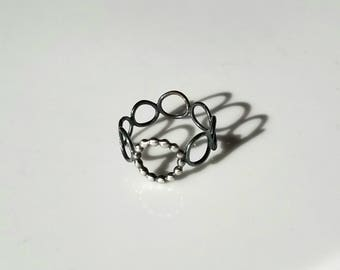 Delicate sterling silver circle ring, size 6