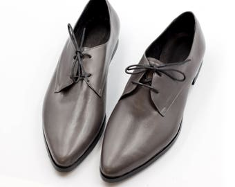 Oxford Shoes, Dark Gray Oxford Shoes, Handmade Shoes, Flat leather Shoes, Lace Up Shoes, Everyday Gray Shoes, Tie Shoes