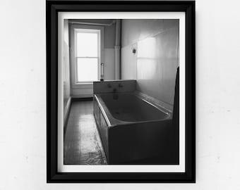 Digital Print | Wall Decor | Creepy Antique Bathtub at Malvern Manor