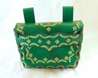 Leather belt bag, stippled, green