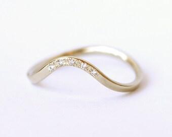 Curved Wedding Band, Pave Diamonds Band, Diamond Wedding Band, Pave Diamond Ring, Thin Modern Band, Five Diamonds Band, Wave Diamond Ring