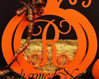 23x26 PAINTED Pumpkin with Single vine monogram Letter-Door Hanger Wreath-Fall/Autumn/Halloween Decor, Holiday Decor, Front Door Monogram