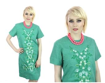 Embroidered Hippie Dress 60s Mod Aline Green Floral Details 70s 1960s Vintage Boho Medium M Large L