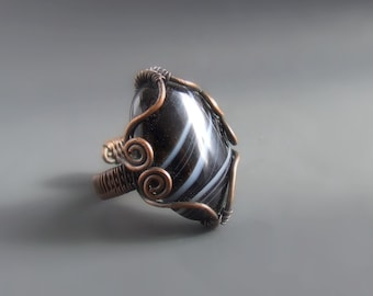 Striped agate  onyx ring, black white stone ring, rustic look copper ring, gift ideas for her