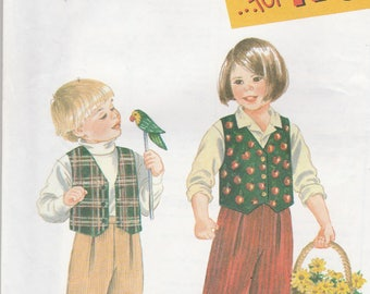 Simplicity 9266 Vintage Pattern Girls Vest and Pants Size 2,3,4,5,6,6x UNCUT