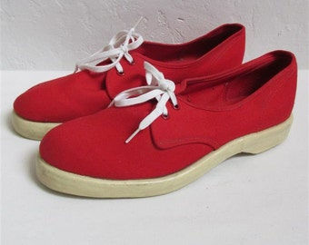 """On Sale! 1950's """"Summerettes by Ball-Band"""" Women's Red Tennis Shoes / Sneakers / Size: 7 1/2"""""""