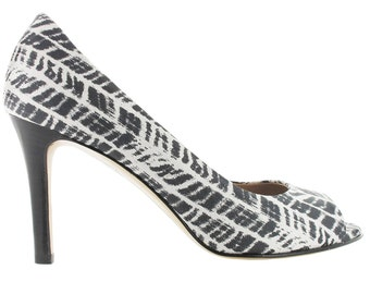 Zebra print open toe pump, Women leather peep toe sandal, Black and white peep toe pump, Made in Italy, Cape Town