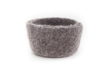WOOLY FELTED BOWLS - two felted nesting bowls - mole 6