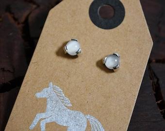 Vintage Moonstone Post Earrings 325 Sterling Silver Stamped Crystal Stone Rainbow Blue Cloudy Bohemian Boho Minimalism Minimalist Trendy