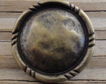 "10 Round Hammered Antiqued Brass Metal Buttons - 3/4"" Shank Button"
