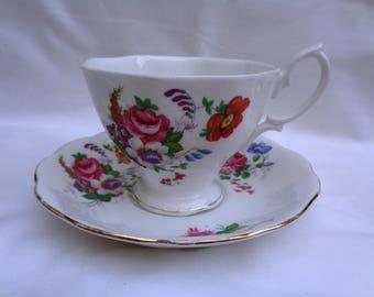 Vintage Royal Albert - Barbara Ann - tea cup