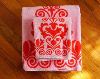 Wonderful Towels with Scroll Designs by Martex -- Funky Vintage Bath Towels with Red & Pink Terrycloth -- Groovy Retro Linens