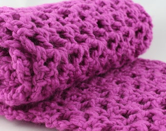 Oversized Infinity Scarf, Winter Look, Fuchsia Scarf, Chunky Dark Purple Red Scarf, Warm Winter Fashion, Crochet Gift for Her, Cowl for Mom