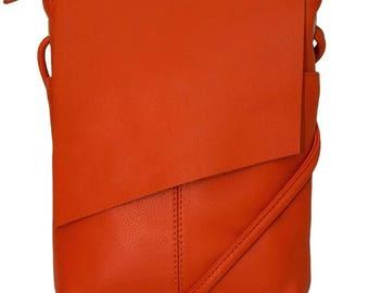 Cross body leather bag