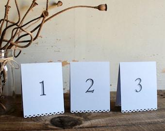 lavande tentes cartes de numéro de table pour mariage, douche, ensemble de fête de 10 - tallulah