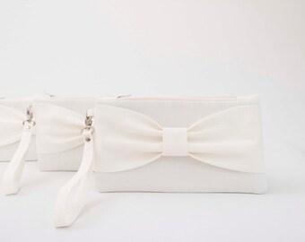 Bridesmaid clutch ,ivory bow clutch,wristlet clutch,bridesmaid gift ,wedding gift ,make up bag,zipper pouch