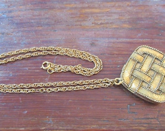 Prince Matchabelli 1970 Perfume Locket Necklace-Aviance