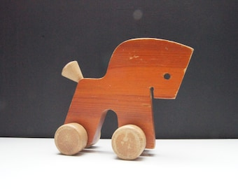 Sale - 35%off - Vintage - wood  - horse - pull toy - wood toy