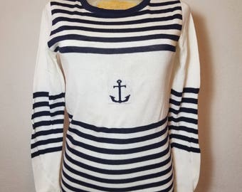FREE  SHIPPING  1970 Knit Nautical  top