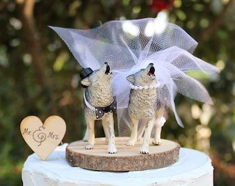 Wolf Wedding Cake Topper, Animal Cake Topper, Timberwolf Cake Topper, Wild Gray Howling Wolf Cake Topper, Bride and Groom Cake Topper