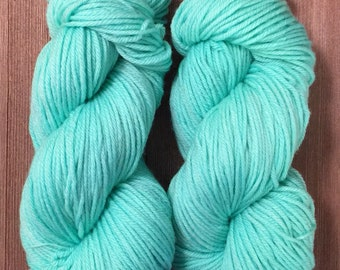 Hand Dyed Yarn  Worsted weight Superwash  100g   Mint Candies