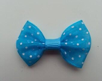noeud en voile bleu turquoise à pois blanc  35*25mm
