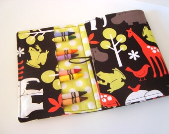 Crayon Tote On The Go -- ZOOLOGY IN RED