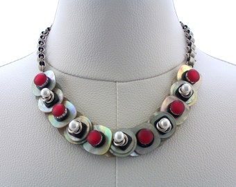 Red and Black Shell Button Necklace Button Jewelry with Chain Jewellery Mother of Pearl White Silver Necklace Fashion Jewelry Pearl Jewelry